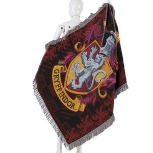 """Harry Potter, """"Gryffindor Shield"""" Woven Tapestry"""